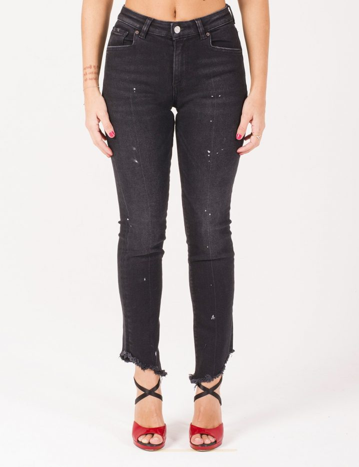 Acynetic jeans con vernice